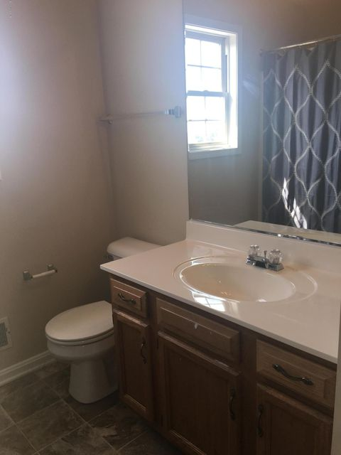 Additional photo for property listing at 352 Tara Circle  Shepherdsville, Kentucky 40165 United States