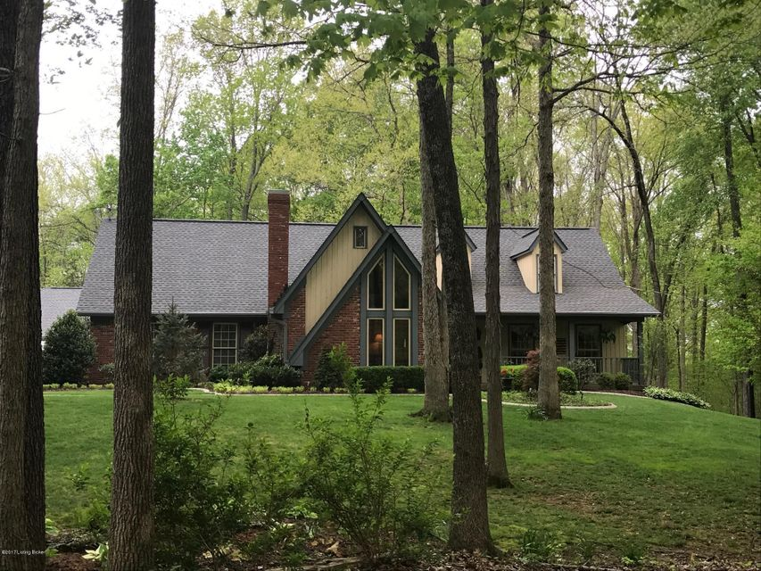 Single Family Home for Sale at 14140 Hickory Hills Trail Louisville, Kentucky 40299 United States