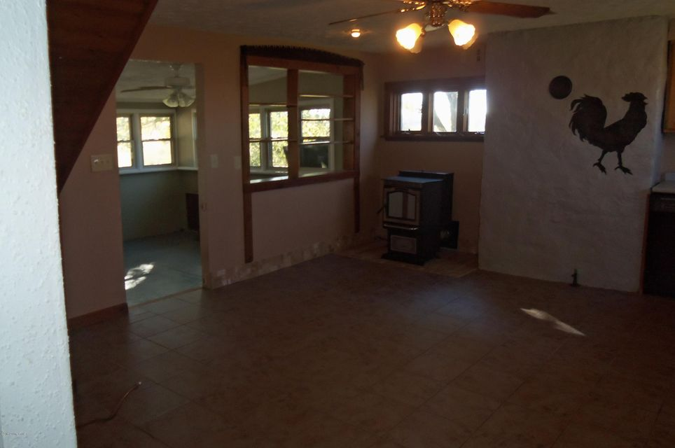 Additional photo for property listing at 807 S Spillman  Milton, Kentucky 40045 United States