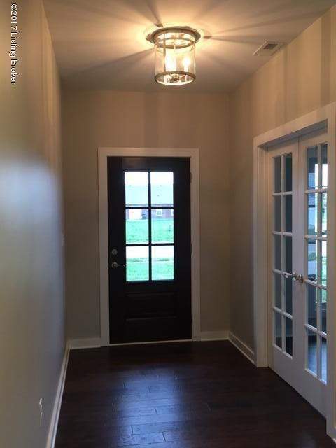 Additional photo for property listing at 8828 Stara Way  Jeffersontown, Kentucky 40299 United States