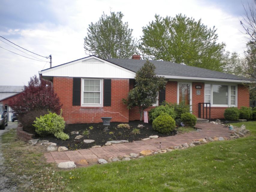 Single Family Home for Sale at 4396 Aiken Road 4396 Aiken Road Simpsonville, Kentucky 40067 United States