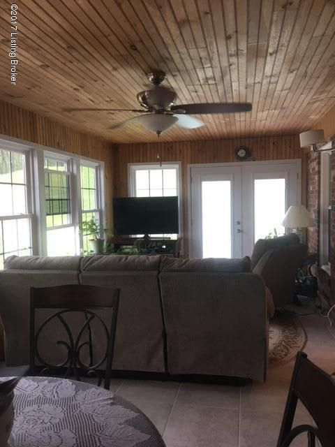 Additional photo for property listing at 319 W Prong Locust Road  Milton, Kentucky 40045 United States