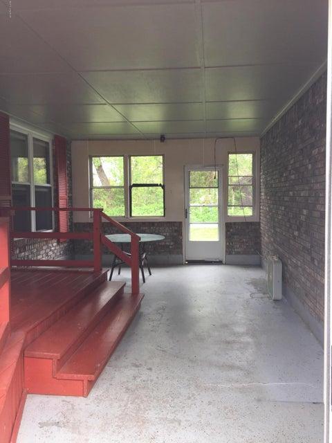 Additional photo for property listing at 552 Lloyd Lane 552 Lloyd Lane Mount Washington, Kentucky 40047 United States