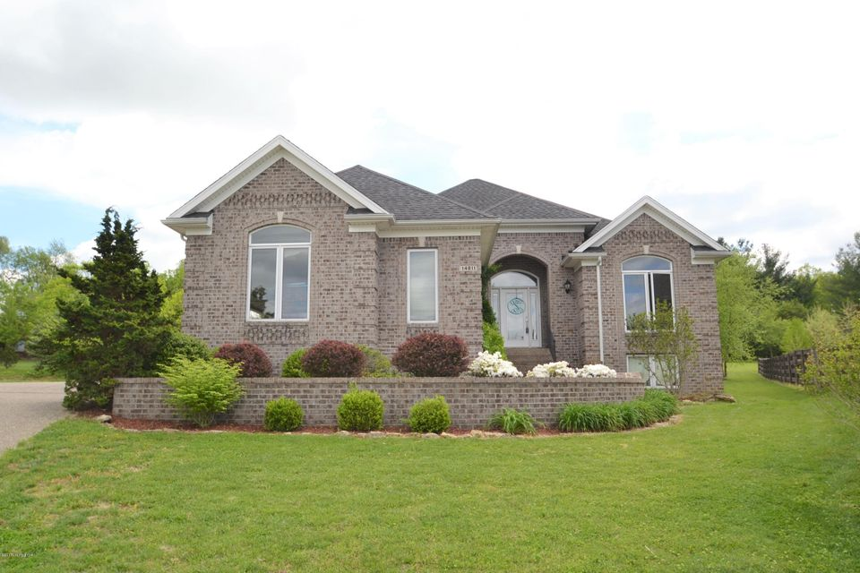 Single Family Home for Sale at 14811 Fox Bend Court Louisville, Kentucky 40245 United States