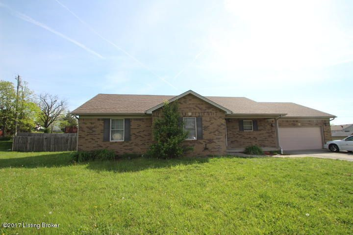 Single Family Home for Sale at 208 Hiawatha Trail Lawrenceburg, Kentucky 40342 United States