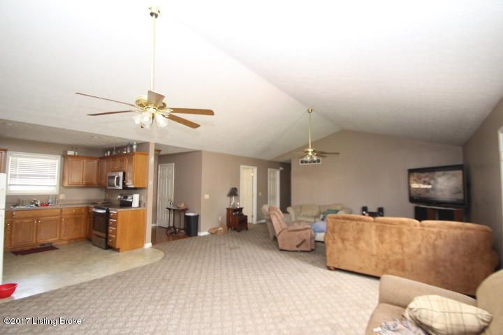 Additional photo for property listing at 208 Hiawatha Trail  Lawrenceburg, Kentucky 40342 United States