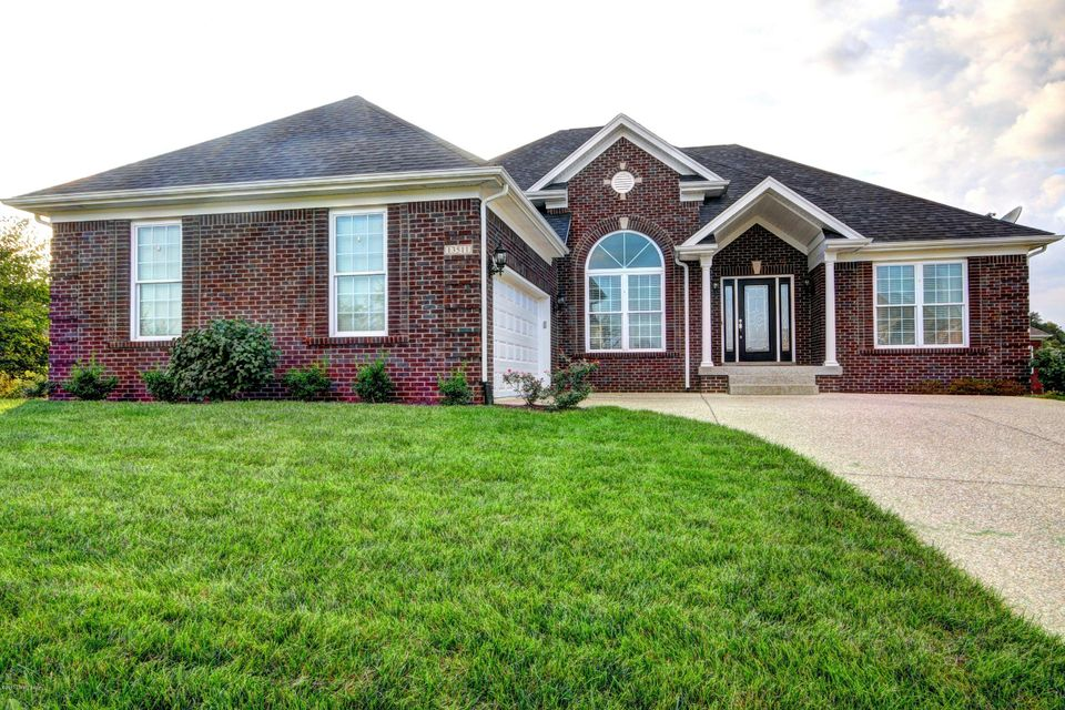 Single Family Home for Sale at 13511 Pointview Court Louisville, Kentucky 40299 United States