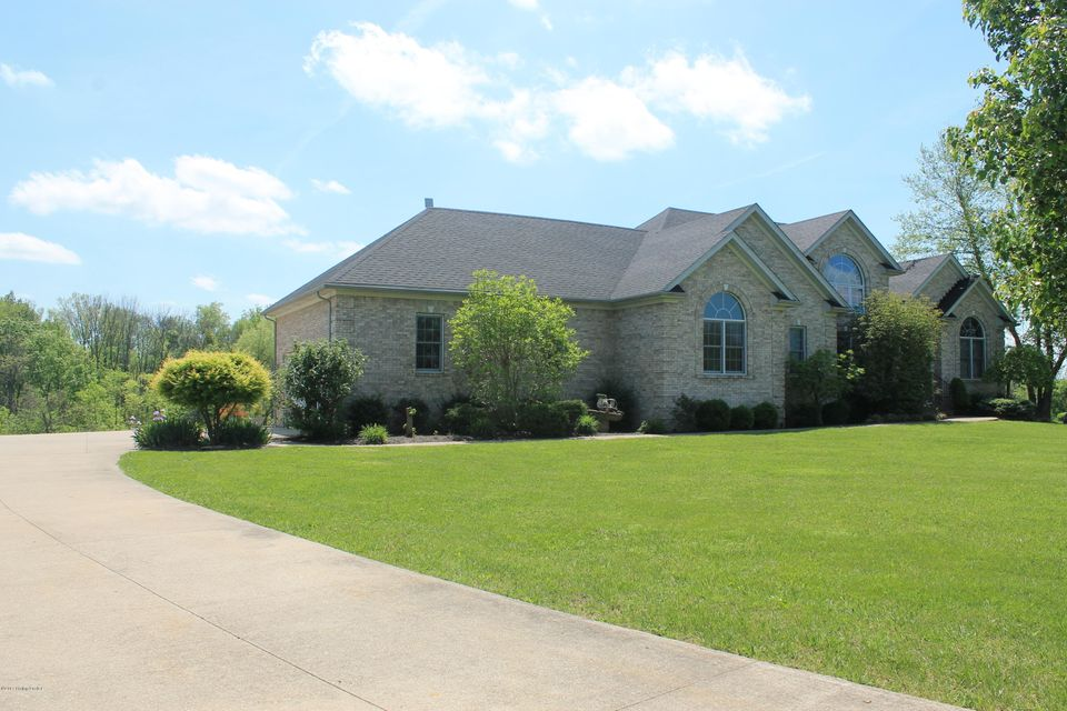 Single Family Home for Sale at 59 Indian Springs Trace Shelbyville, Kentucky 40065 United States
