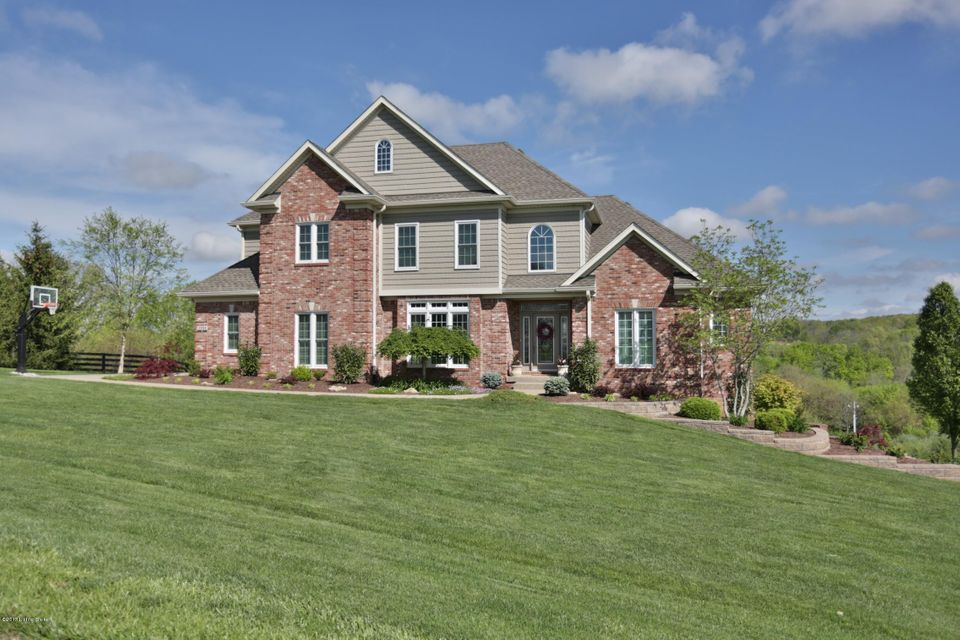 Single Family Home for Sale at 3904 Clarke Pointe Court Crestwood, Kentucky 40014 United States