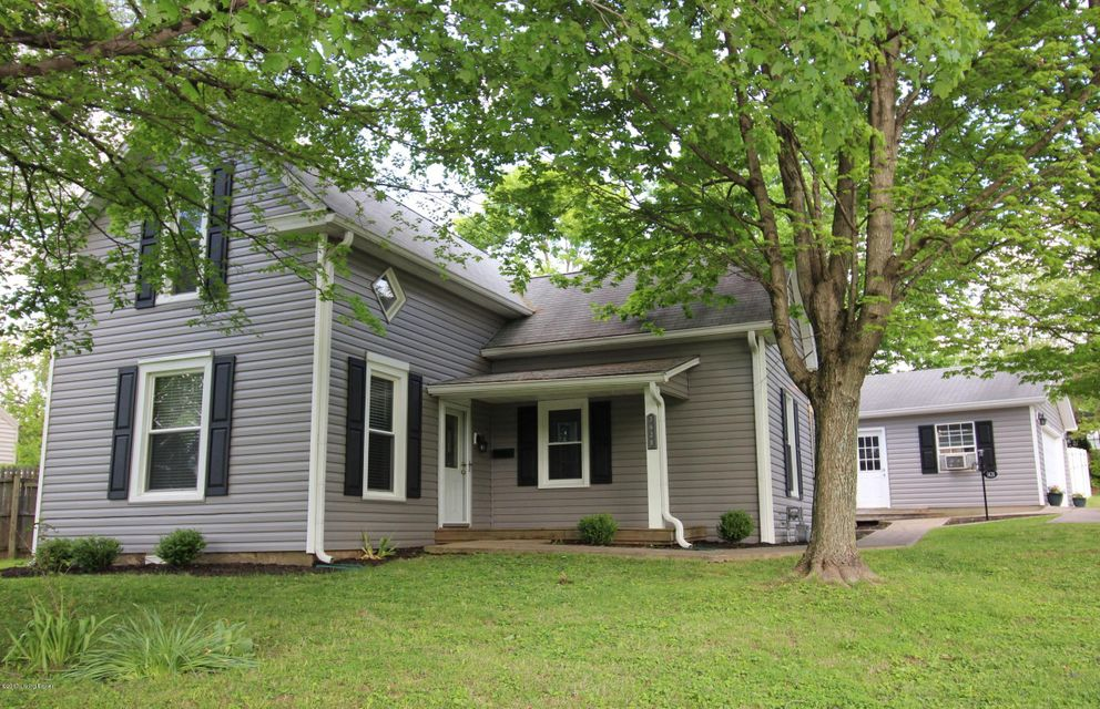 Single Family Home for Sale at 3628 Locust Avenue Jeffersontown, Kentucky 40299 United States