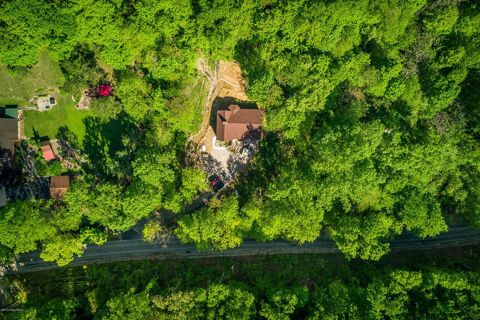 Additional photo for property listing at 3611 Blevins Gap Road  Louisville, Kentucky 40272 United States