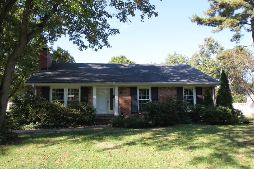 Single Family Home for Rent at 210 Wood Road Louisville, Kentucky 40222 United States