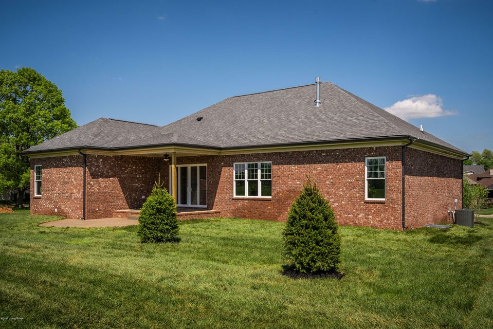 Additional photo for property listing at 5202 Spring Mist Court  Prospect, Kentucky 40059 United States