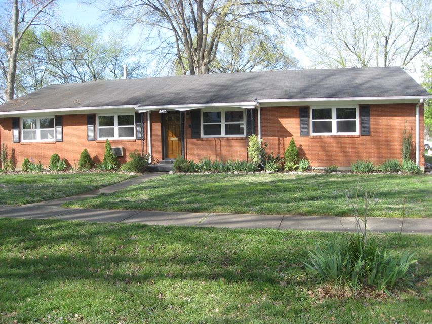 Additional photo for property listing at 2426 WOODMONT Drive  Louisville, Kentucky 40220 United States