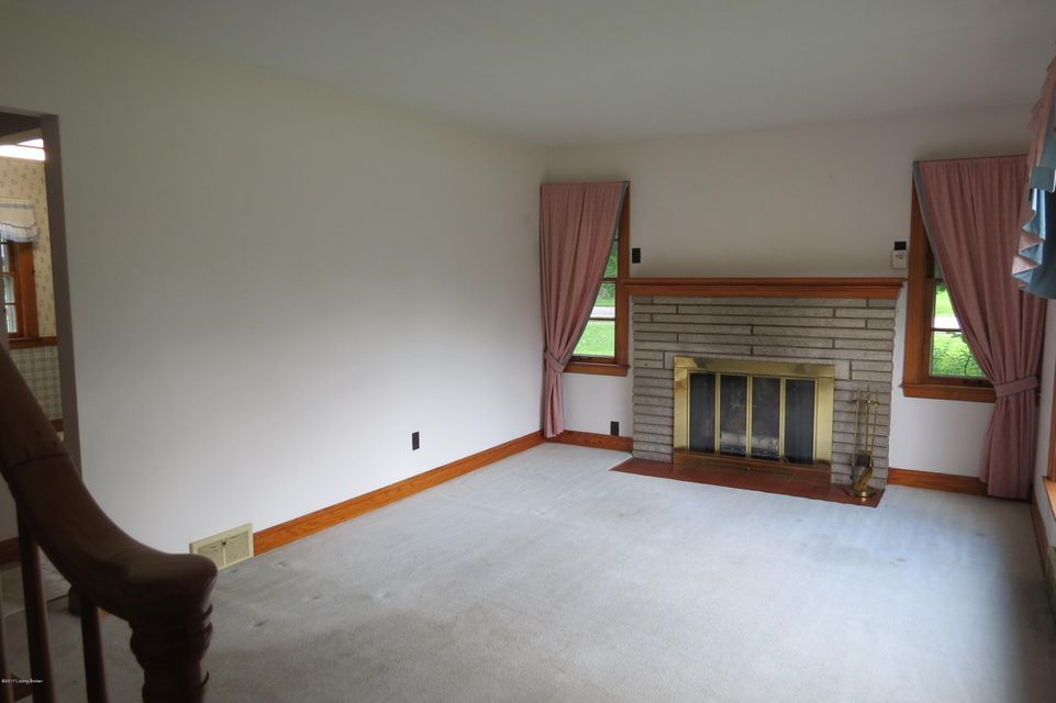 Additional photo for property listing at 4339 Taylorsville Road  Louisville, Kentucky 40220 United States