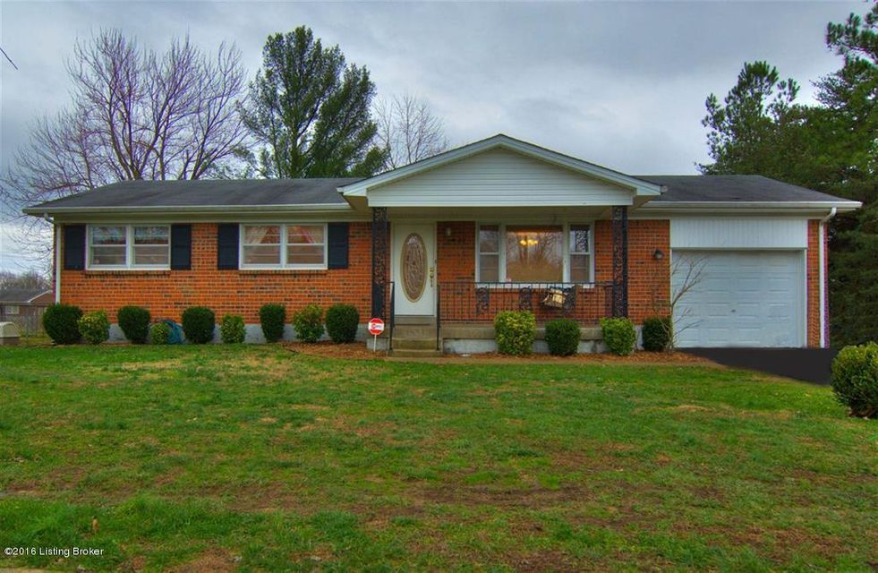 Single Family Home for Sale at 210 Senate Circle Radcliff, Kentucky 40160 United States