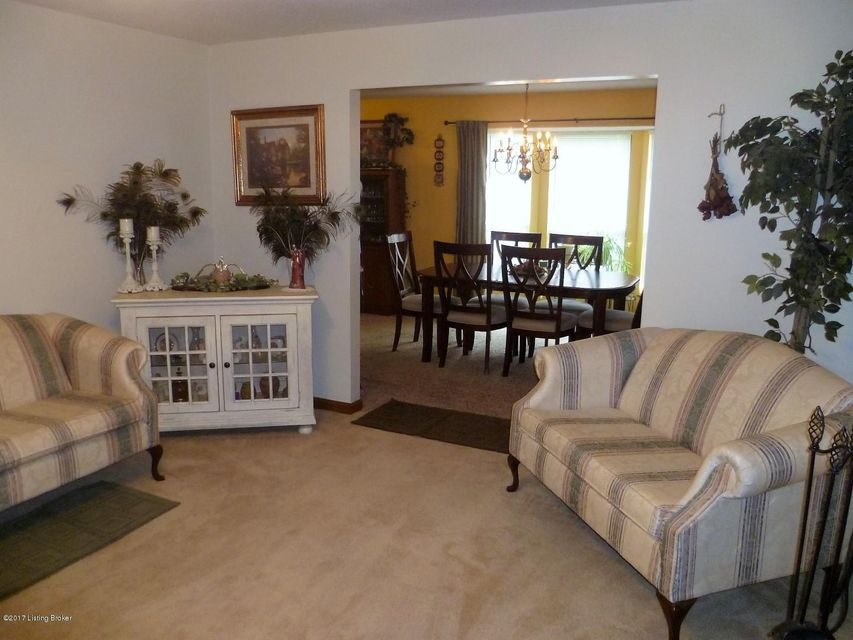 Additional photo for property listing at 409 College View Drive  Elizabethtown, Kentucky 42701 United States