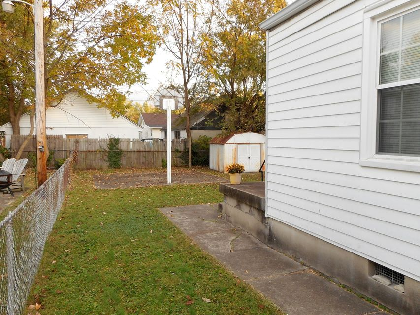 Additional photo for property listing at 619 Alger Avenue  Louisville, Kentucky 40214 United States