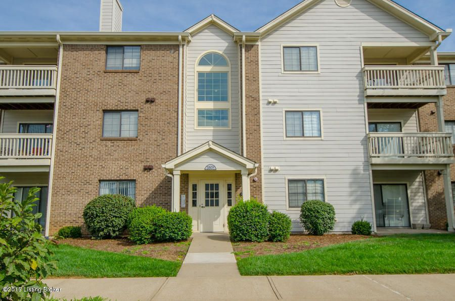 Condominium for Sale at 3801 Yardley Court Louisville, Kentucky 40299 United States