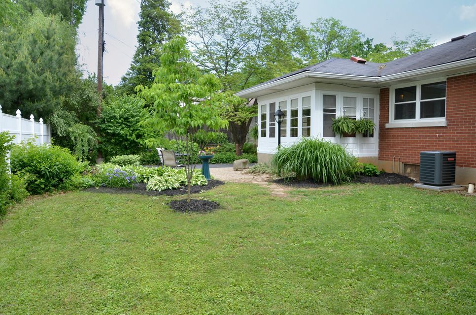 Additional photo for property listing at 3607 Hughes Road  Louisville, Kentucky 40207 United States