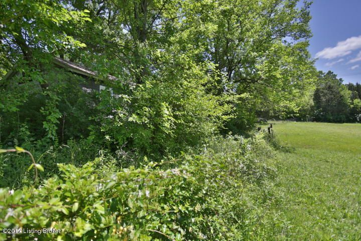 Additional photo for property listing at 7704 Smyrna  Louisville, Kentucky 40219 United States