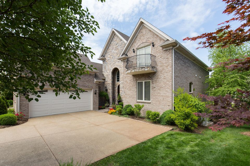 Additional photo for property listing at 328 Buckland Trace  Louisville, Kentucky 40245 United States