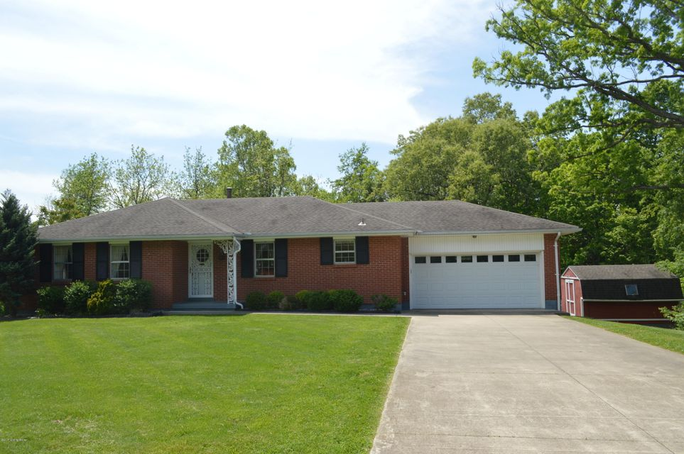Single Family Home for Sale at 251 Deepwood Drive Radcliff, Kentucky 40160 United States