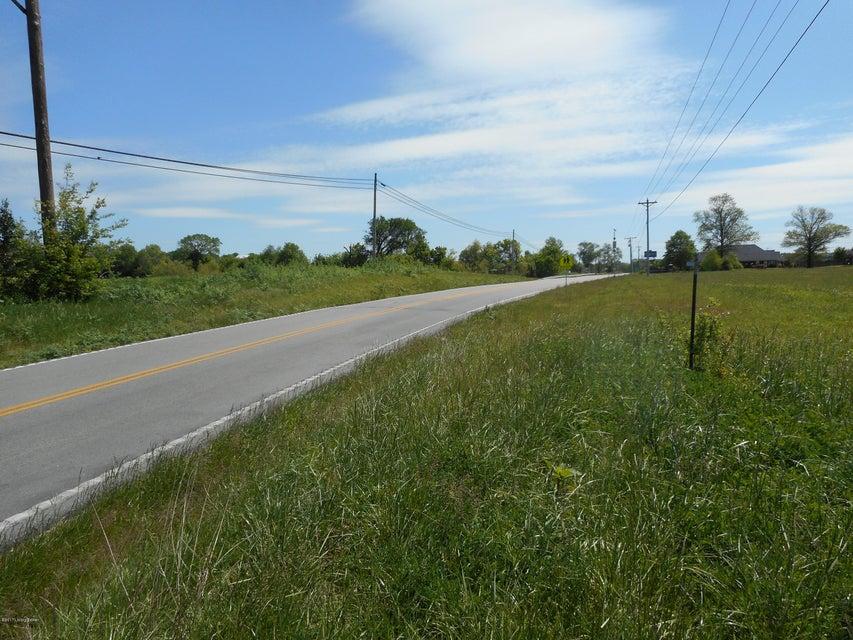 Additional photo for property listing at 200 Mt Washington 200 Mt Washington Taylorsville, Kentucky 40071 United States