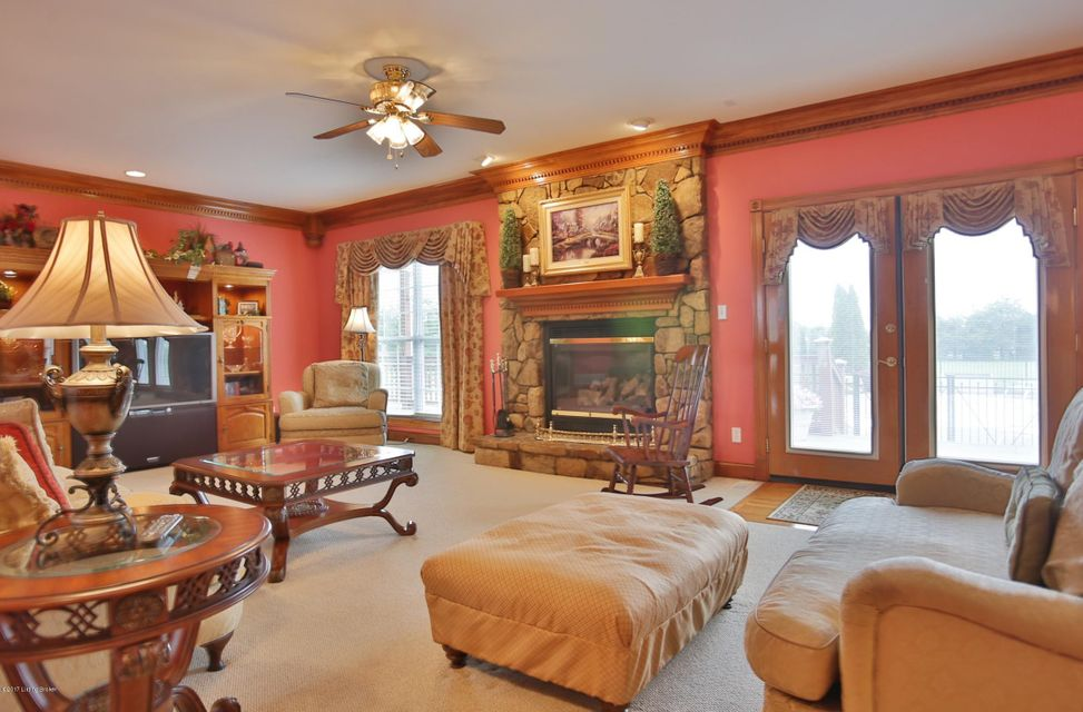 Additional photo for property listing at 157 Hamilton Place  Taylorsville, Kentucky 40071 United States