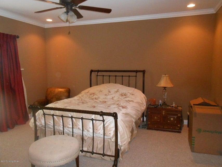 Additional photo for property listing at 1340 Amanda Jo Drive  Elizabethtown, Kentucky 42701 United States