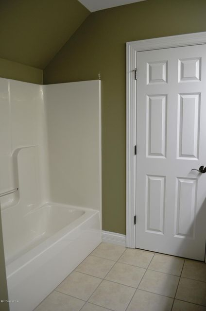 Additional photo for property listing at 218 Buckland Trace  Louisville, Kentucky 40245 United States