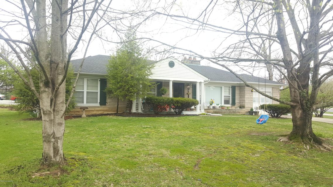 Single Family Home for Sale at 7207 Bird Road Crestwood, Kentucky 40014 United States