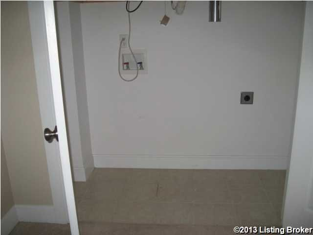 Additional photo for property listing at 2011 Frankfort Avenue  Louisville, Kentucky 40206 United States