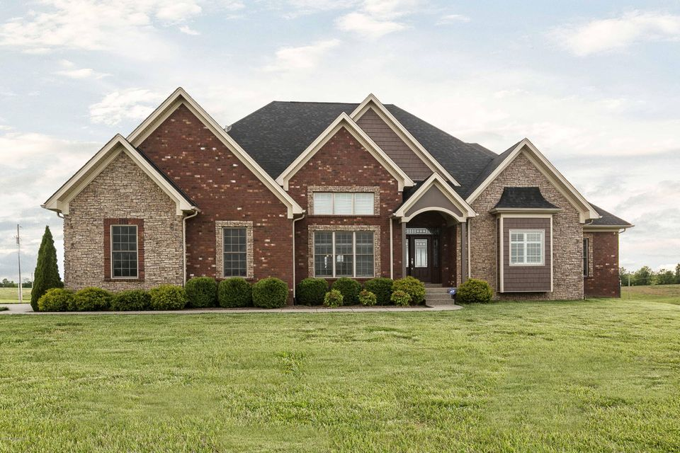 Single Family Home for Sale at 6533 Finchville Road Shelbyville, Kentucky 40065 United States