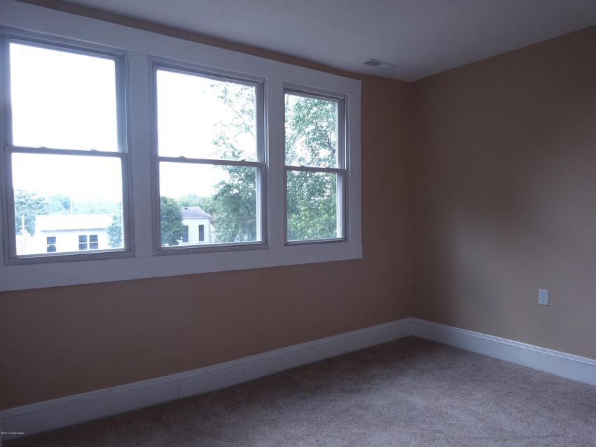 Additional photo for property listing at 214 Pope Street  Louisville, Kentucky 40206 United States