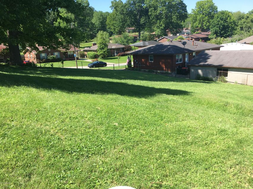 Additional photo for property listing at 1537 Glenrock  Louisville, Kentucky 40216 United States