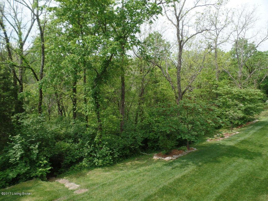 Additional photo for property listing at 3236 Ridge Brook Circle 3236 Ridge Brook Circle Louisville, Kentucky 40245 United States