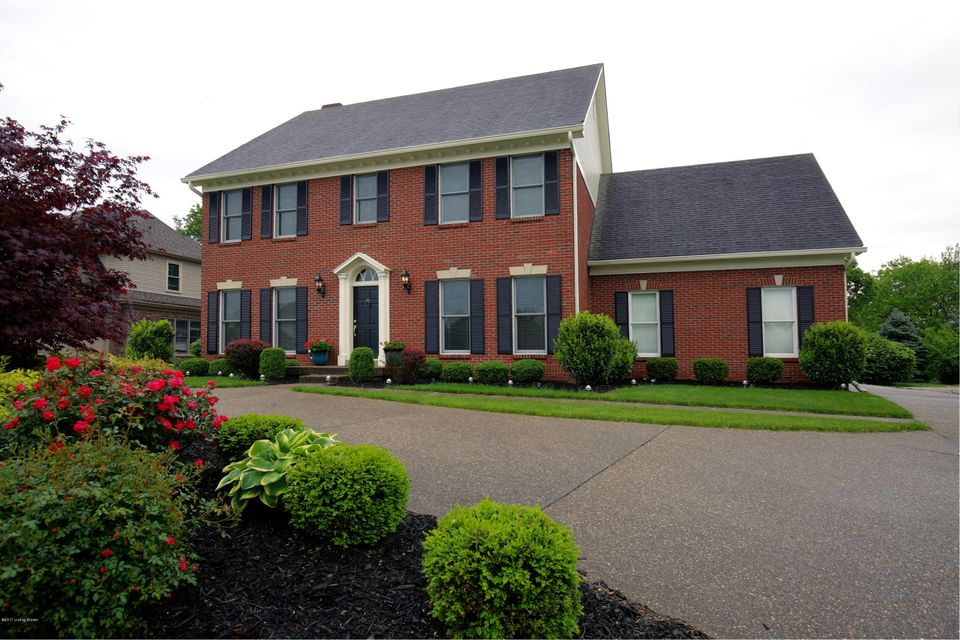 Single Family Home for Sale at 10618 Worthington Lane Prospect, Kentucky 40059 United States