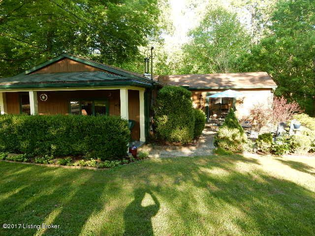 Single Family Home for Sale at 356 Watergate Drive Shepherdsville, Kentucky 40165 United States
