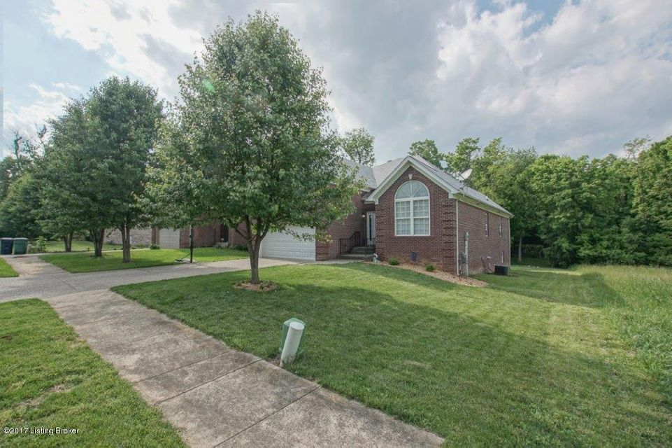Additional photo for property listing at 12513 Lilly Lane  Louisville, Kentucky 40223 United States
