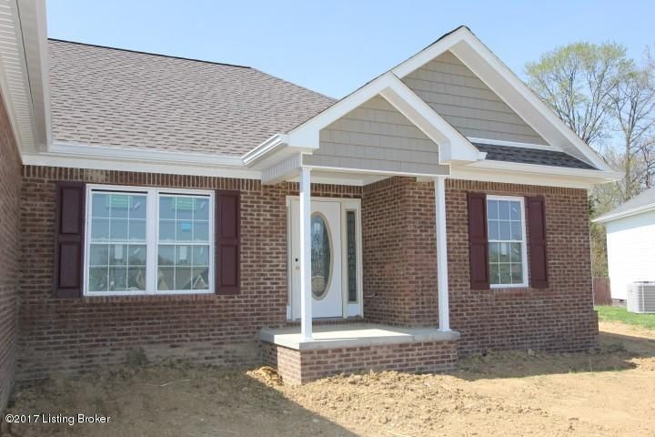 Single Family Home for Sale at 5004 Pebble Beach Court Lawrenceburg, Kentucky 40342 United States