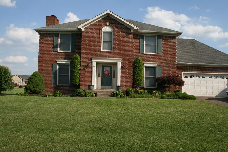 Single Family Home for Sale at 410 Olde Glouchester Cove Louisville, Kentucky 40214 United States