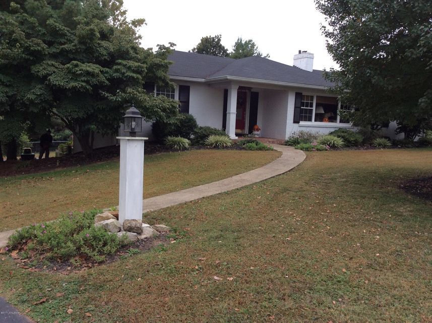 Single Family Home for Sale at 6410 Regal Road Louisville, Kentucky 40222 United States