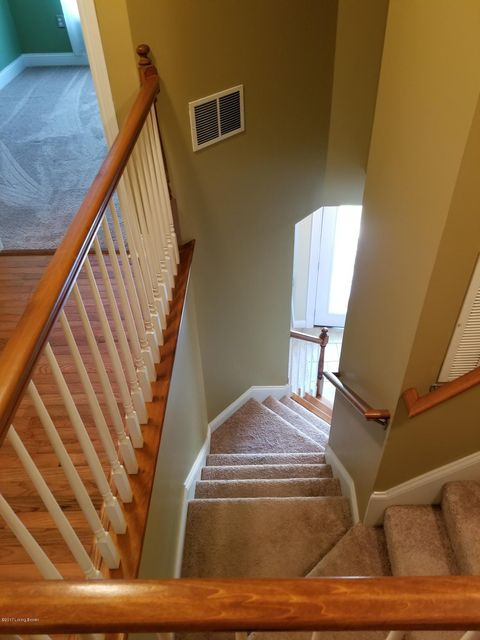 Additional photo for property listing at 202 Sonoma Valley  Vine Grove, Kentucky 40175 United States