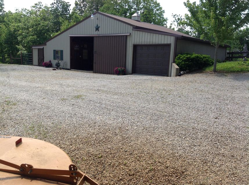 Additional photo for property listing at 860 Thompson Hill Road  Hodgenville, Kentucky 42748 United States