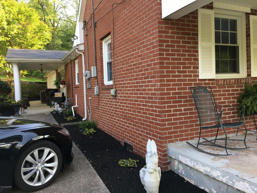 Additional photo for property listing at 9800 Fern Creek Road  Louisville, Kentucky 40291 United States