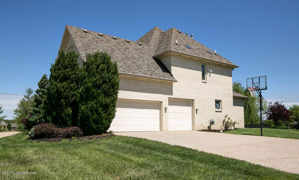 Additional photo for property listing at 15214 Chestnut Ridge Circle  Louisville, Kentucky 40245 United States