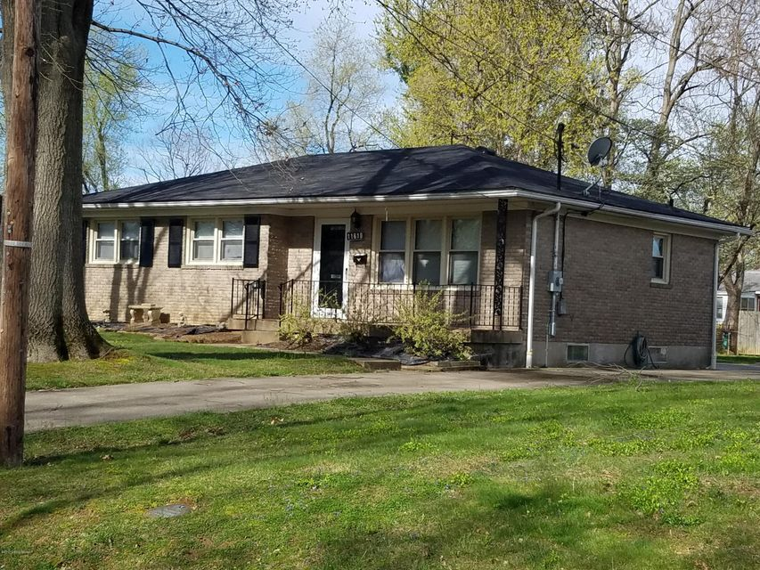 Single Family Home for Sale at 11618 Semillon Lane Louisville, Kentucky 40272 United States