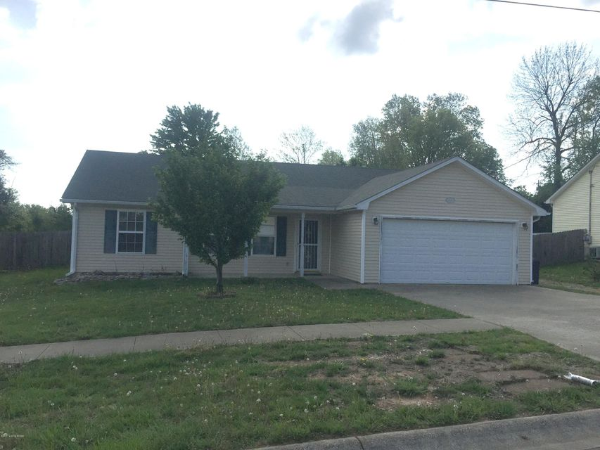 Single Family Home for Rent at 1972 S Woodland Drive Radcliff, Kentucky 40160 United States