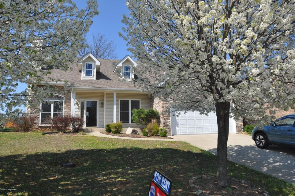 Single Family Home for Sale at 323 Vineland Place Drive Vine Grove, Kentucky 40175 United States